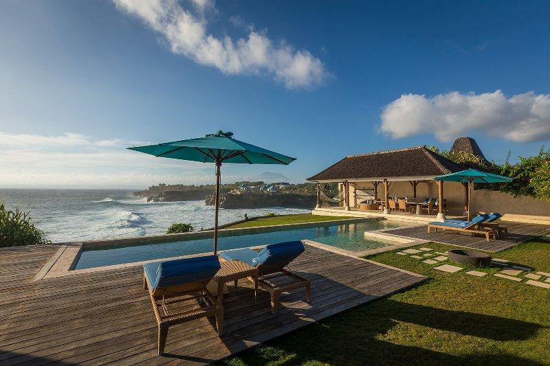 Villa Casa Del Mar - dramatic cliff-front luxury - Image 1 - Nusa Lembongan - rentals
