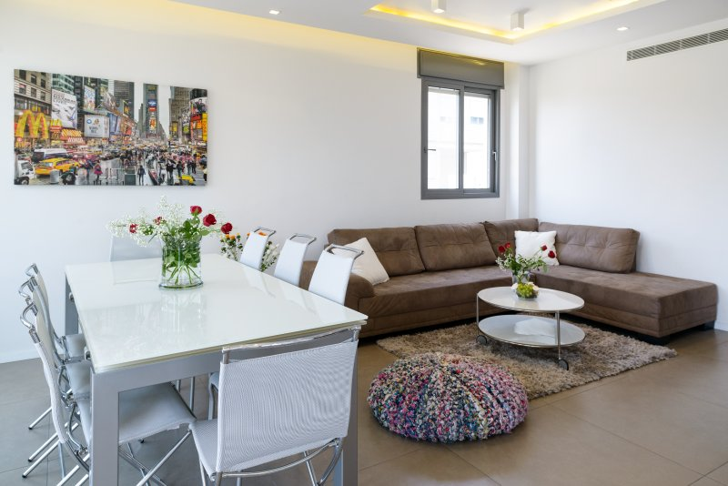 Best Location, Luxuous 3BR, 80m Beach, with Parking - Image 1 - Tel Aviv - rentals