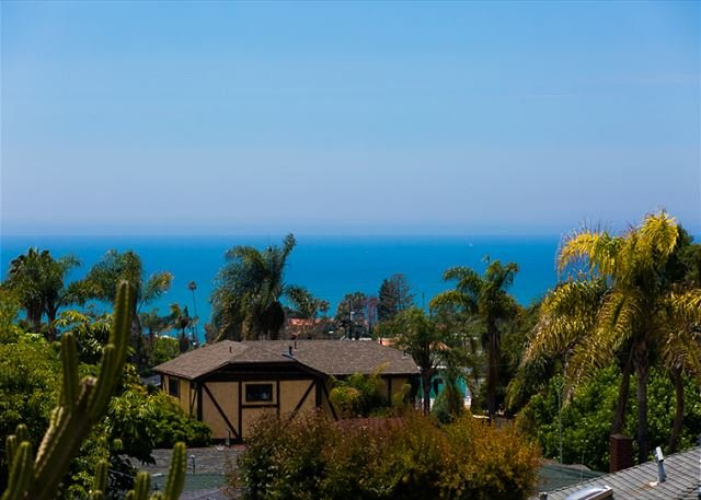 Sweeping ocean views from this home. - 15% OFF DEC - Modern 2BR, Large Patio, Ocean Breeze, Amazing Ocean Views! - San Clemente - rentals