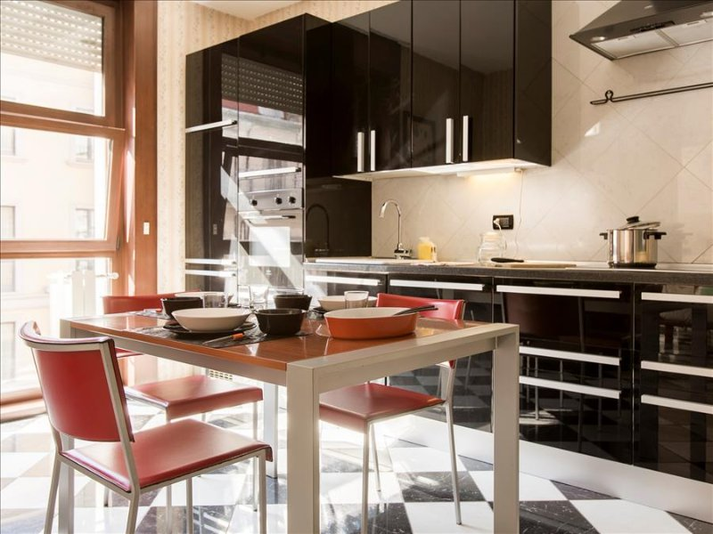Cozy 1bdr apt steps from Duomo - Image 1 - Milan - rentals