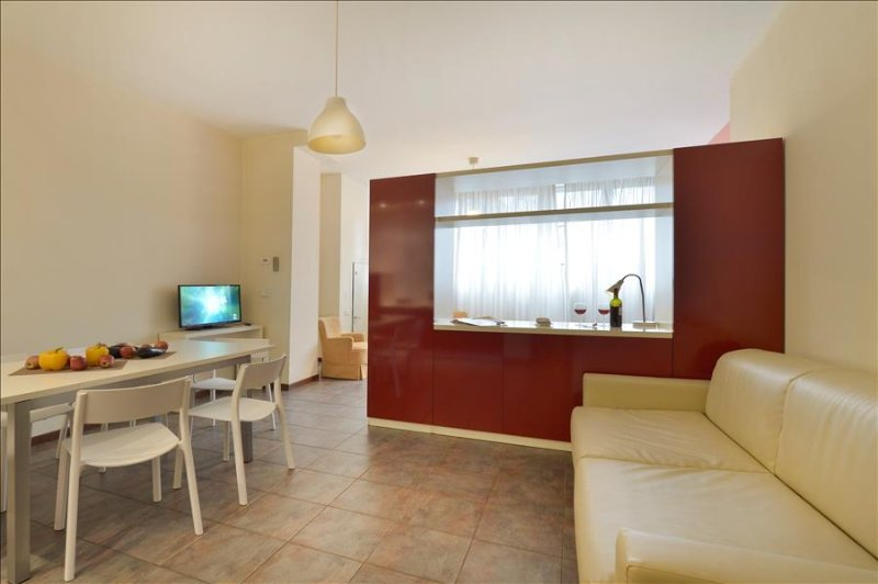 Spacious 1bdr apt with parking - Image 1 - Bologna - rentals
