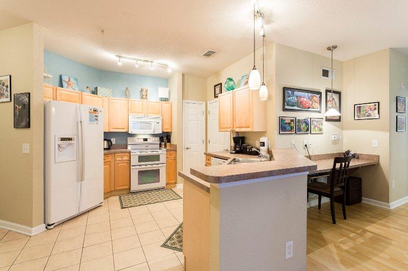 Spacious Kitchen - Tranquility Retreat - Davenport - rentals