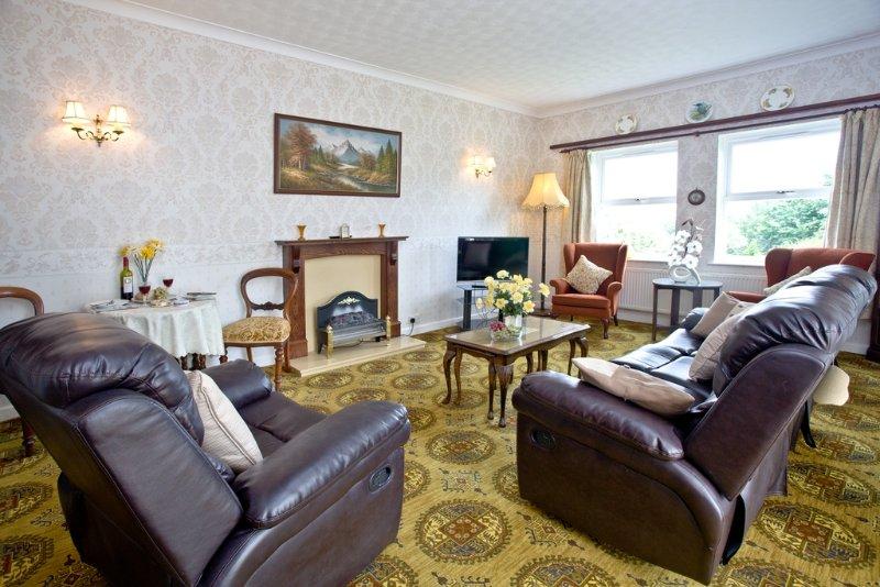 Protea Garden Apartment located in Torquay, Devon - Image 1 - Torquay - rentals