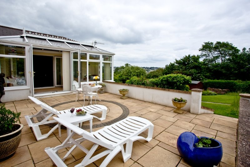Protea Garden Apartment located in Torquay, Devon - Image 1 - Torquay - rentals