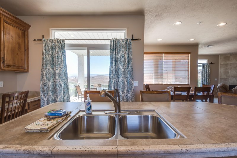 Fully Stocked Kitchen - LP2107 - 3 BD / 2 BA - Saint George - rentals