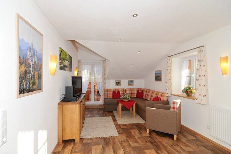 Vacation Apartment in Schwangau - 646 sqft, quiet, beautiful, relaxing (# 9703) #9703 - Vacation Apartment in Schwangau - 646 sqft, quiet, beautiful, relaxing (# 9703) - Schwangau - rentals