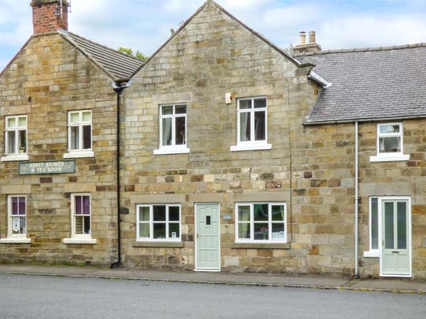 THE OLD POST OFFICE en-suites, Smart TV, WiFi in Rosedale Abbey Ref 937421 - Image 1 - Pickering - rentals