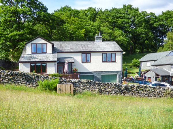 WETHERLAM VIEW, woodburner, WiFi, pet-friendly, private enclosed garden, in Little Langdale, Ref 939080 - Image 1 - Little Langdale - rentals