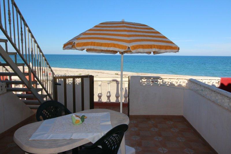 Almadrava Playa Apartamento - Image 1 - Els Poblets - rentals
