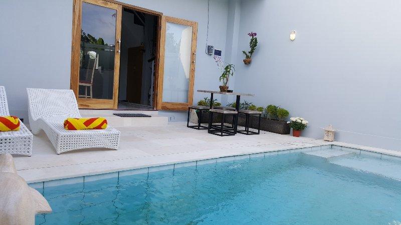 Bodat Townhouse, 2 bedroom+pool+scooters, Seminyak - Image 1 - Seminyak - rentals