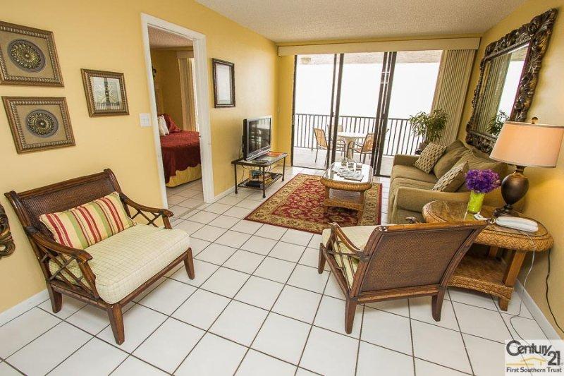 Living Area - SeaWin 1203 - Sea Winds - Marco Island - rentals