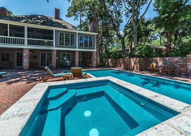 East Beach Lagoon 22, 5 Bedrooms, Oceanfront, Private Deck, Pool, Sleeps 16 - Image 1 - Hilton Head - rentals