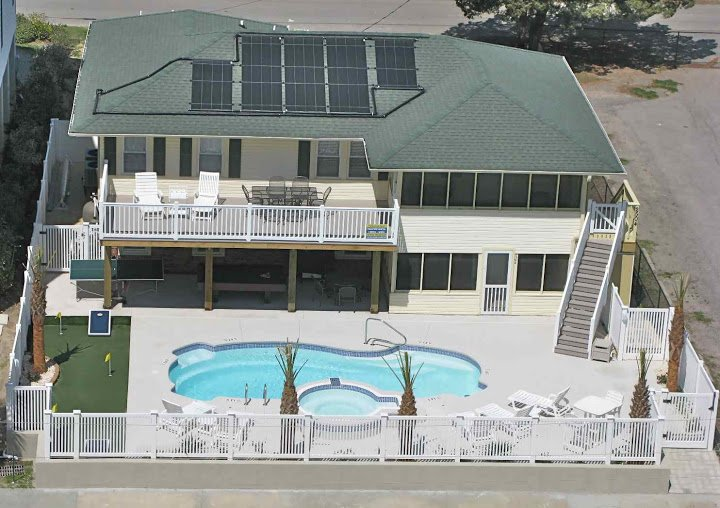 6 Bdr - Sleeps 18 with OCEANVIEW!  SALT POOL/ HOT TUB! POOL TABLE & 2 KITCHENS - Beautiful 6-BR SALT WATER POOL/HOT TUB! OCEANVIEW! - North Myrtle Beach - rentals