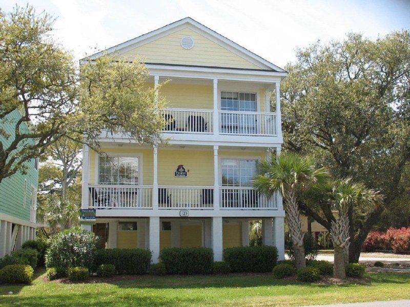 Taylor Made II at Surfside Beach SC - large corner lot, 5BR 4.5BA, private pool - Taylor Made II 5BR - Reserve 2017 Weeks Now! - Surfside Beach - rentals
