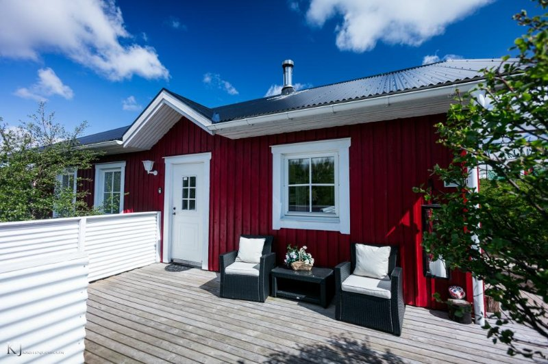 Birkilundur, luxury cabin near Borgarnes - Image 1 - Borgarnes - rentals