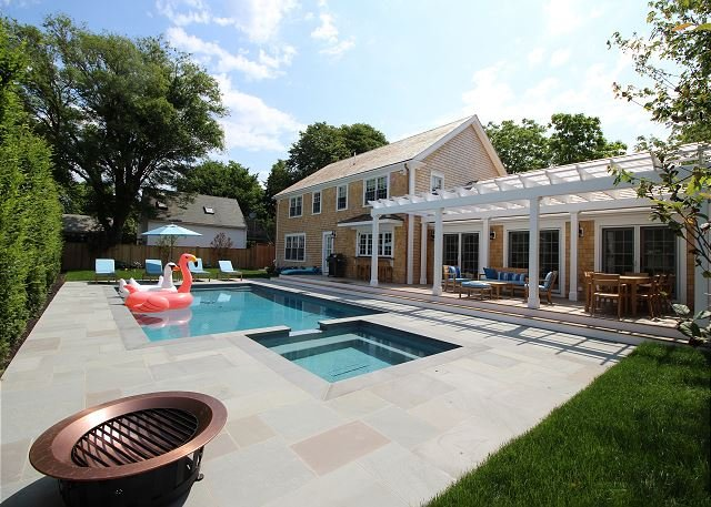 Beautiful Colonial Home in Edgartown with Pool - Image 1 - Edgartown - rentals