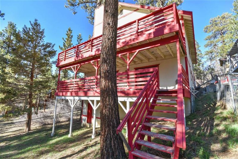 Alpine Estate - Image 1 - City of Big Bear Lake - rentals