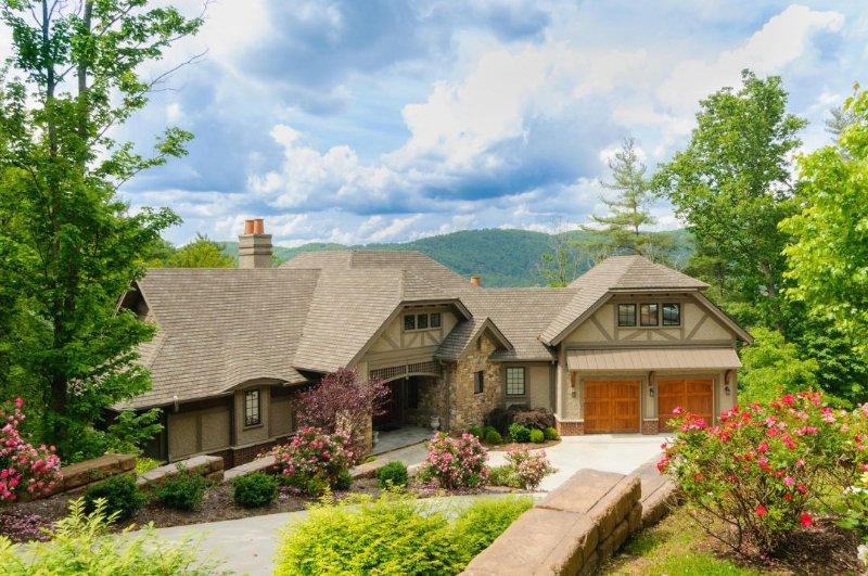 New Exterior of Grove Cove - Grove Cove Estate - Asheville - rentals