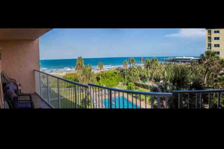 Oceanfront condo with direct ocean views and direct beach access - Gorgeous Cocoa Beach Condo - Amazing Views Directly on Beach - Cocoa Beach - rentals