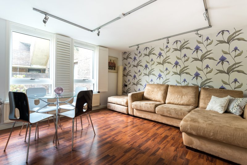 One Fine Stay - Odhams Walk II apartment - Image 1 - London - rentals