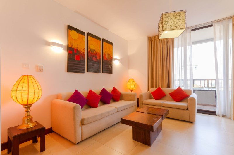 Spacious 2BR apartment for short rent in Colombo - Image 1 - Colombo - rentals