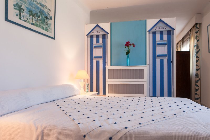 The Master Bedroom - 3 Bedrooms Apartment AC, Park, Cannes  beaches - Cannes - rentals