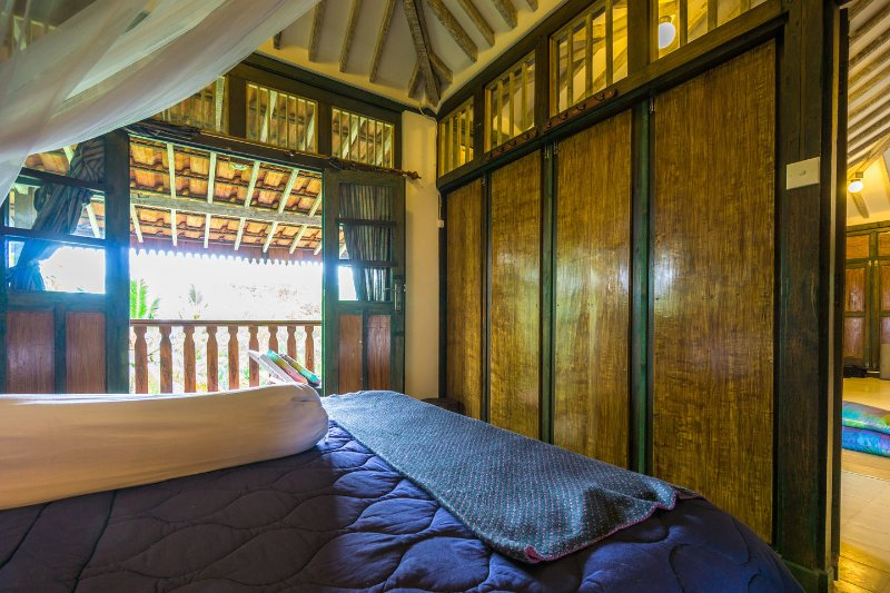 The Bedroom - Charming Javanese Joglo with Seaview - Lombok - rentals
