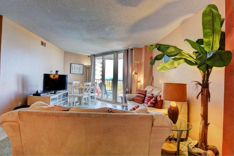Living Area - St. Regis 2310 - Sneads Ferry - rentals