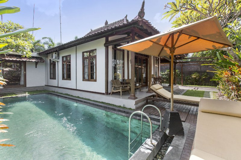 The Pool - Villa within 5 minutes walking to Berawa beach - Kuta - rentals