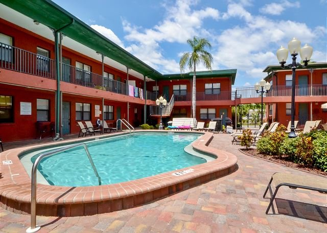 Royal Orleans courtyard and pool area - Royal Orleans #210 - Large Studio - Across from the Gulf and Redington Beach - Redington Beach - rentals