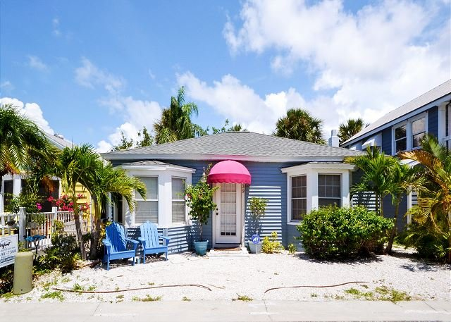 You have arrived  - Shore Winds Cottage - True Old Florida Beach Living, Just Steps to the Gulf! - Redington Shores - rentals