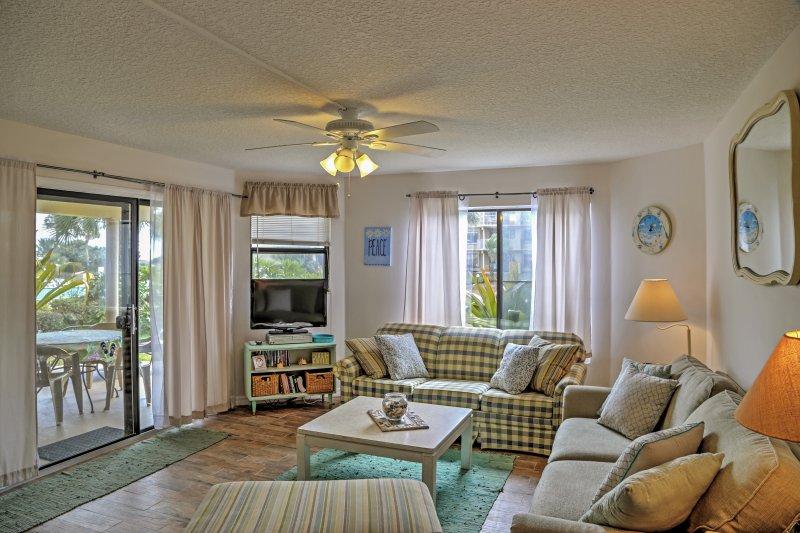 Colony Reef 2109, 3 Bedrooms, Sleeps 10,Oceanfront - Image 1 - Saint Augustine - rentals
