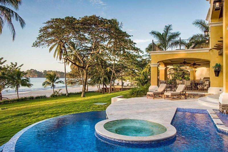 Hacienda YellowHouse, Sleeps 8 - Image 1 - Playa Flamingo - rentals