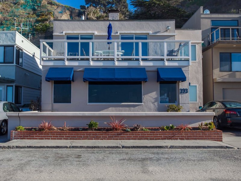 Front of house - Gorgeous Ocean Front House, Rio del Mar Aptos - Aptos - rentals