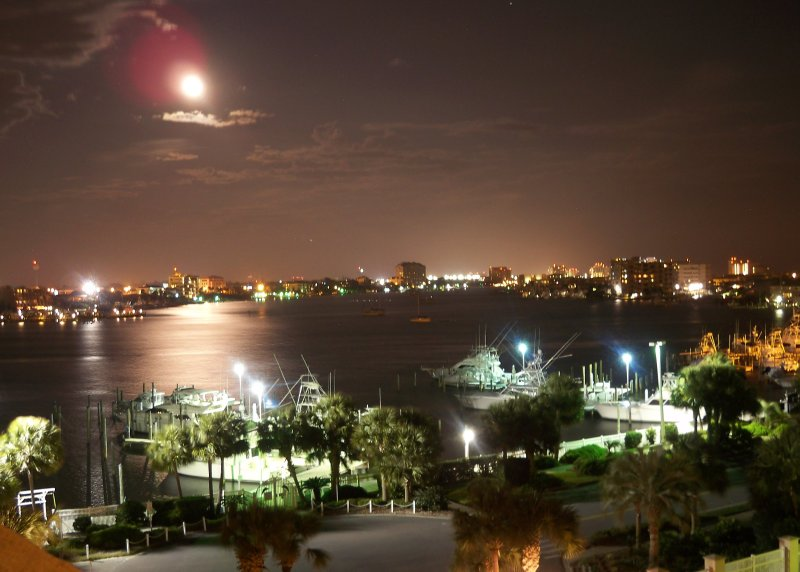 Moon over the harbor - East Pass Towers Condo with Breathtaking Views - Destin - rentals