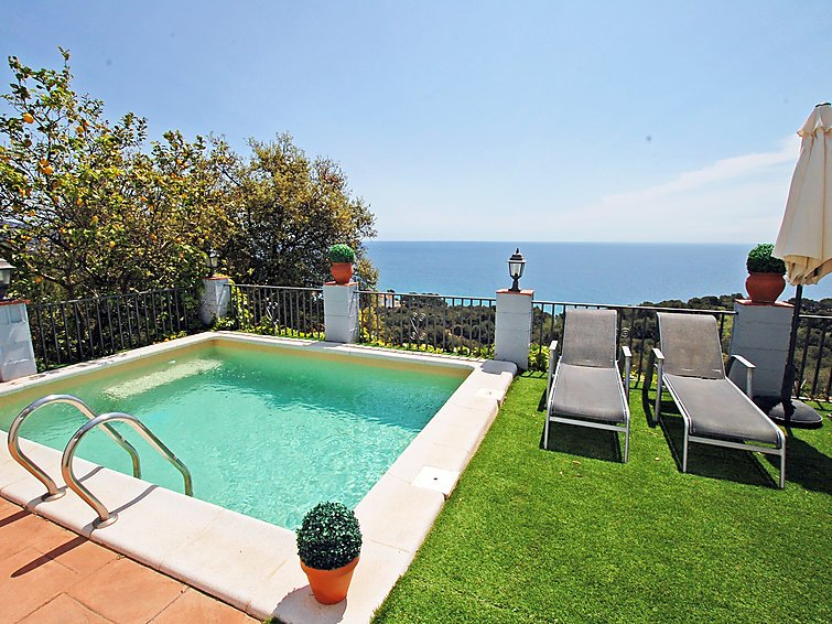 4 bedroom Villa in Blanes, Costa Brava, Spain : ref 2236476 - Image 1 - Blanes - rentals