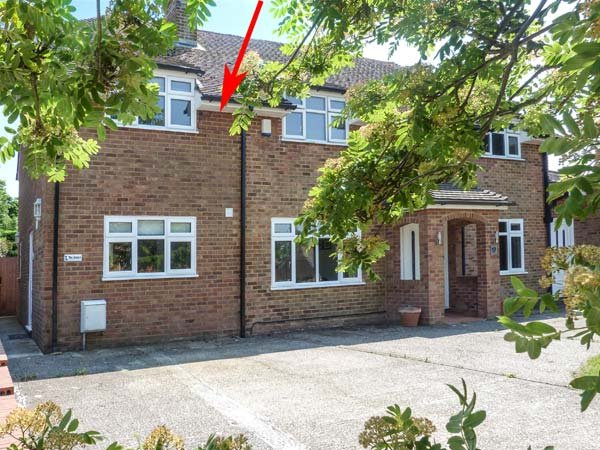THE ANNEXE, WiFi, private patio, BBQ, nr Hastings, Ref 934201 - Image 1 - Hastings - rentals