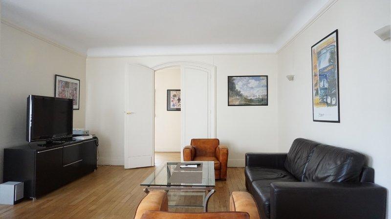 217017 - rue de l'Etoile - PARIS 17 - Image 1 - Paris - rentals