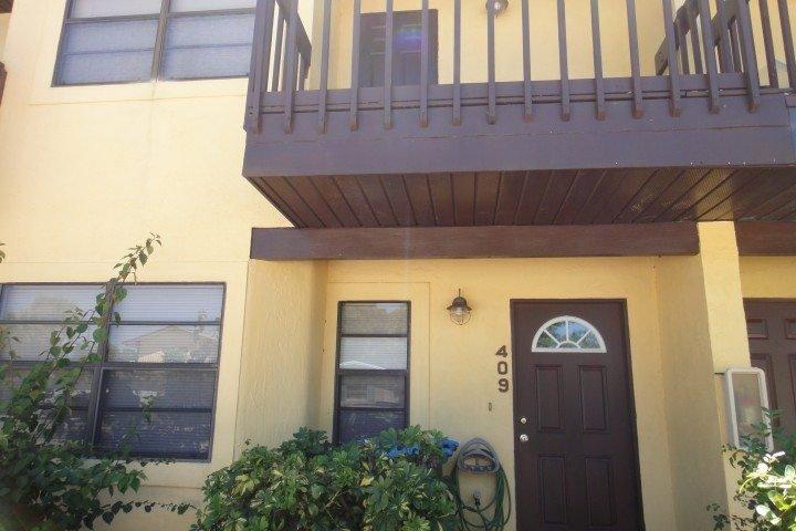 DSC04170 - 409 Polk Avenue - Cape Canaveral - rentals