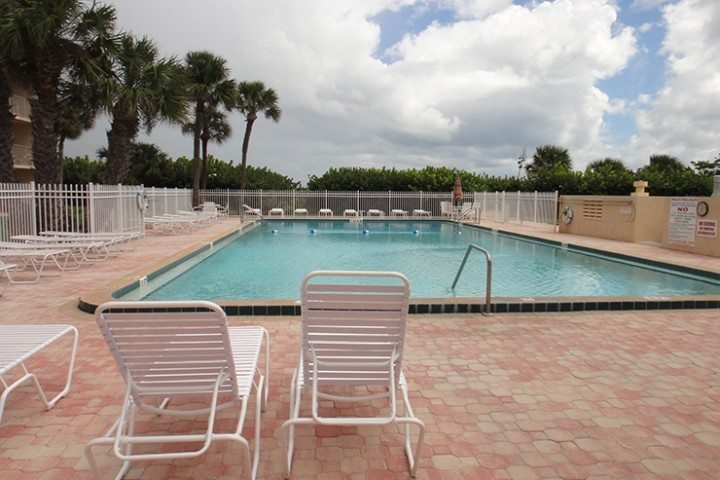 CT-908-pool - 7520 Ridgewood Ave Unit #507 - Cape Canaveral - rentals