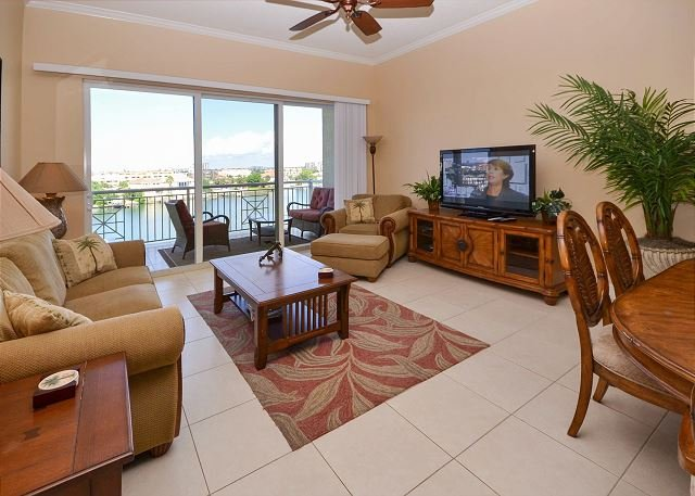 Beautiful Room, Beautiful View - Bay Harbor 501 Luxuriously Upgraded Corner Penthouse with Amazing Views! - Clearwater Beach - rentals