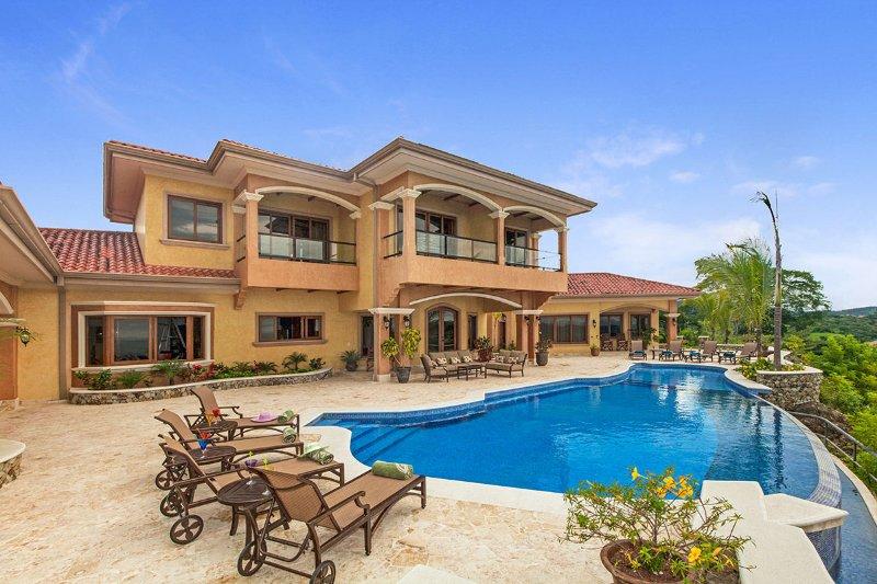 Villa RocMar, Sleeps 8 - Image 1 - Playa Hermosa - rentals