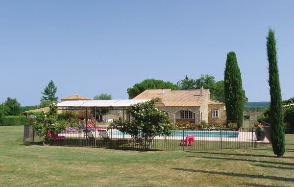 5 bedroom Villa in St Siffret, Gard, France : ref 2220983 - Image 1 - Saint-Siffret - rentals
