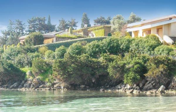 6 bedroom Villa in Golfo Aranci, Sardinia, Italy : ref 2239455 - Image 1 - Golfo Aranci - rentals
