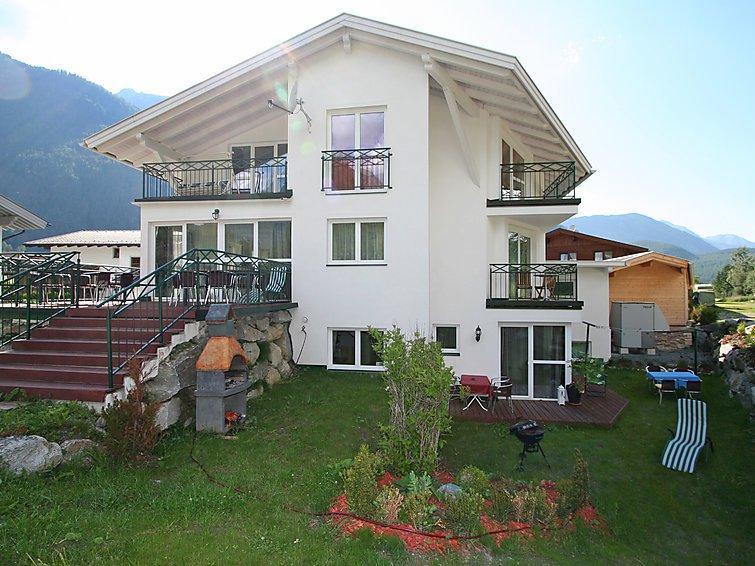 7 bedroom Apartment in Langenfeld, Otztal, Austria : ref 2295595 - Image 1 - Langenfeld - rentals