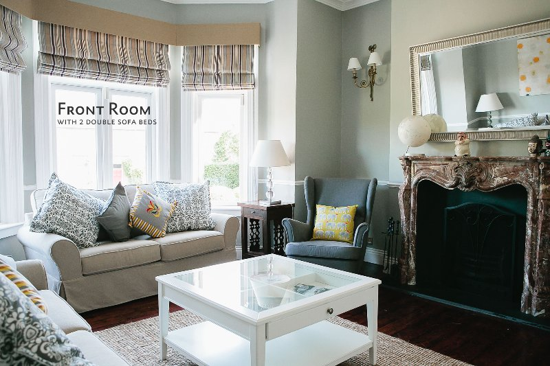 Front Room, with 2 double sofa beds - Architect Designed House; Sleeps 13/15. City 15 mn - Dublin - rentals