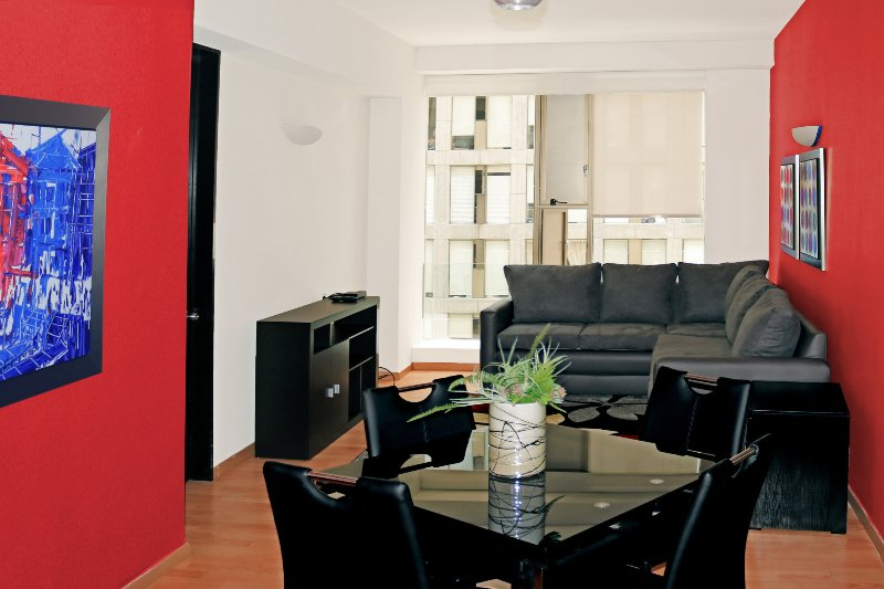 City Center Near Reforma Pool Gym Airport Pick-up - Image 1 - Mexico City - rentals