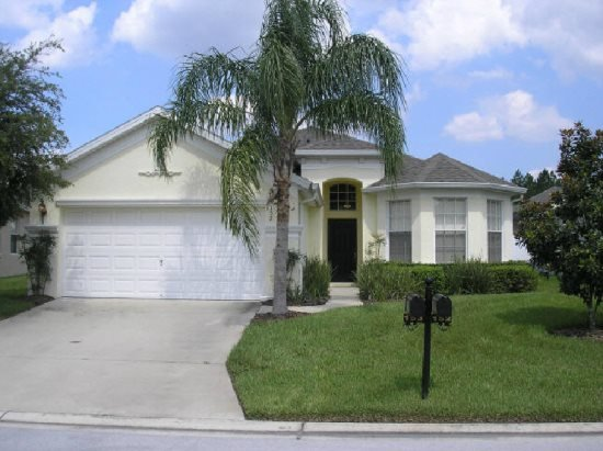 4 Bedroom 3 Bathroom Pool Home in Calabay Parc. 152PD - Image 1 - Davenport - rentals