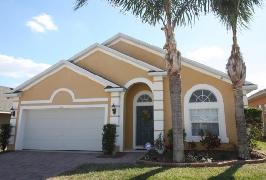 Attractive 4 Bedroom 3 Bath Vacation Home with South Facing Pool. 131VD - Image 1 - Davenport - rentals