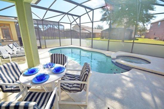 Nice 4 Bedroom 3.5 Bathroom Pool Home in Sandy Ridge. 327BJW - Image 1 - Davenport - rentals
